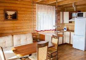 Номер Коттедж-сруб с 4-мя спальнями, кухней и сауной №33 | 2-этажа, 6-комнатный, 8-ми местный