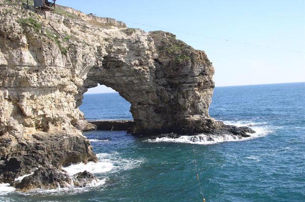 Море в Крыму - отличное место для летнего отпуска